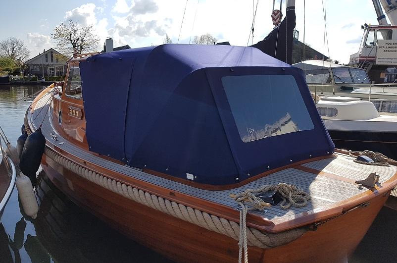 Bootkap houten vlet Sunbrella Captain navy